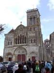 Vezelay_Kirche_Front.jpg